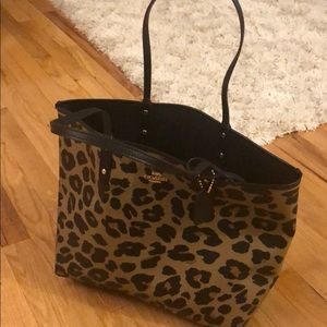 NWT Coach black/leopard reversible tote